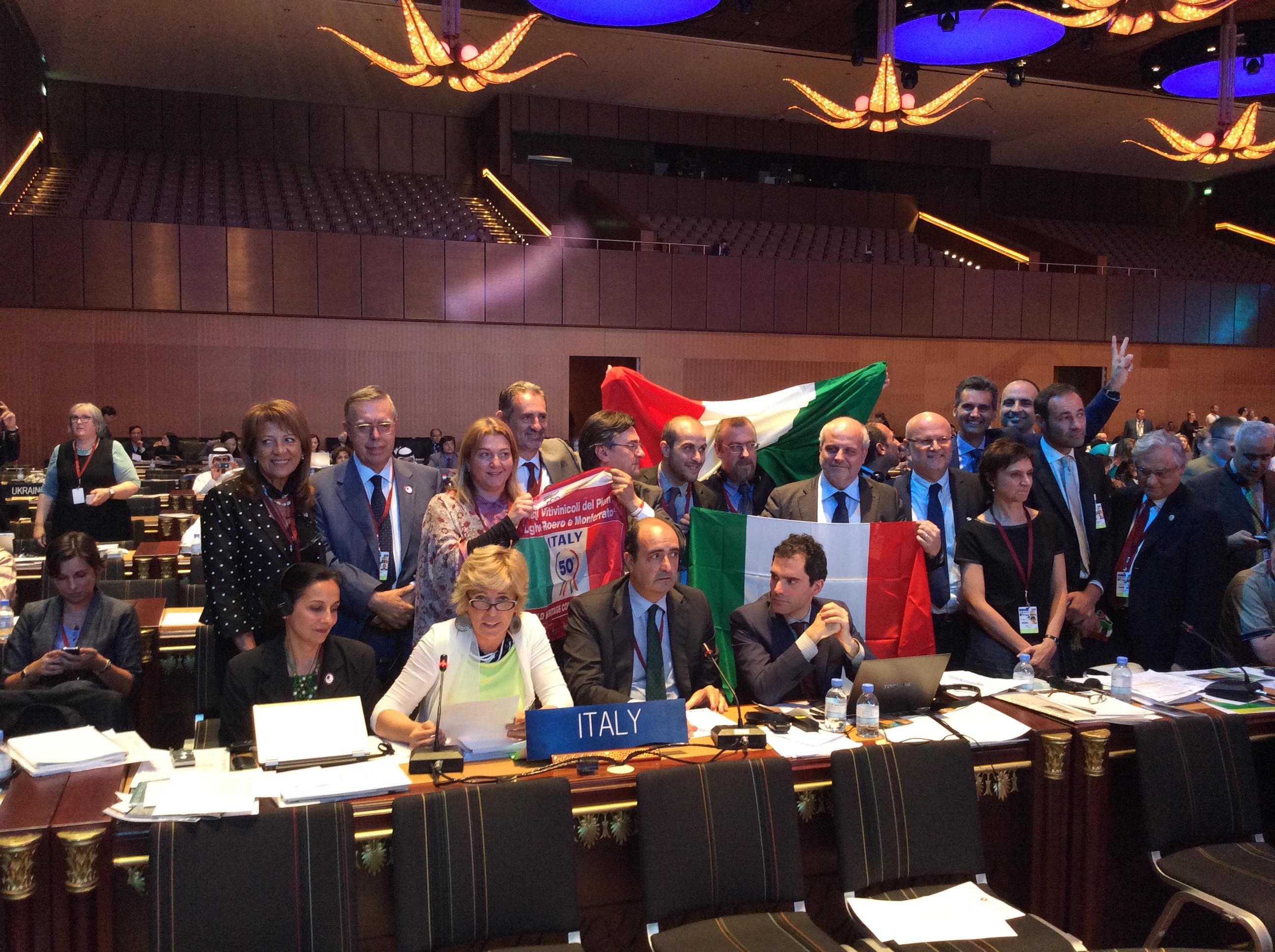 Nella foto di Marco Scuderi la delegazione italiana in festa a Doha