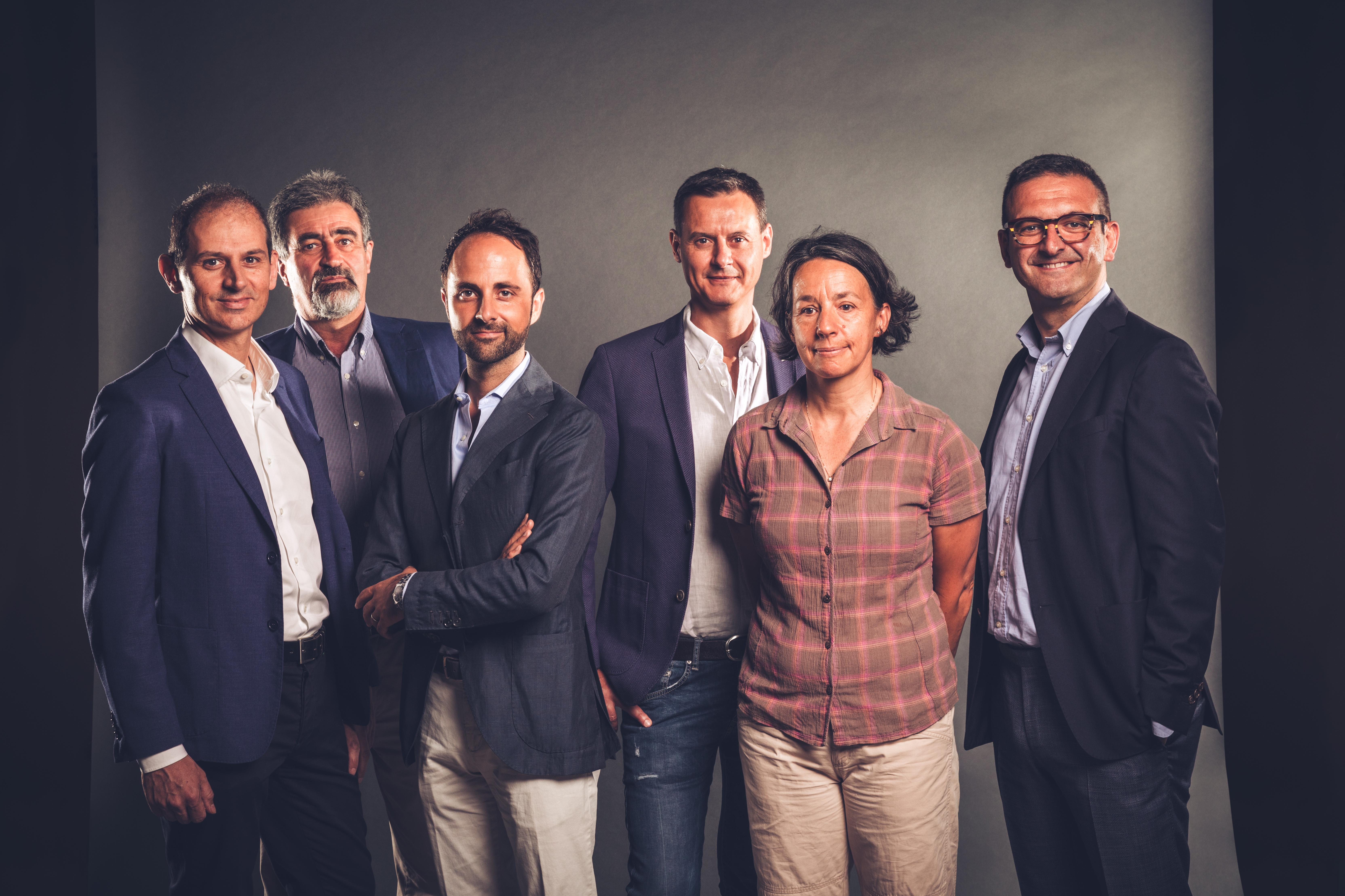 CONSIGLIO DI GESTIONE Da sinistra verso destra: Davide Zondini, Luigi Bersano, Enrico Gobino, Scipione Giuliani, Gaetane Carron e Marco Martini.